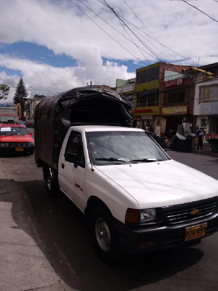 Vendo Chevrolet Luv 2300 Gasolina