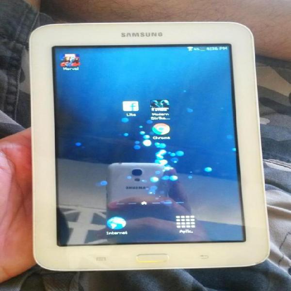 Tablet Marca Samsung Galaxy 3 Lite, Muy Buen Estado