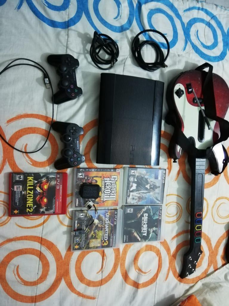 Vendo Playstation 3 Super Slim