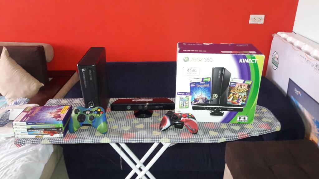 Xbox 360 Slim 4 con Kinect 2 Controles