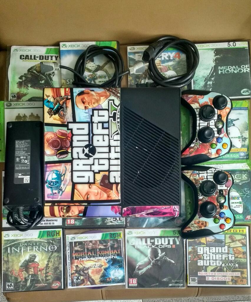 Xbox 360 con 2 Controles Originales