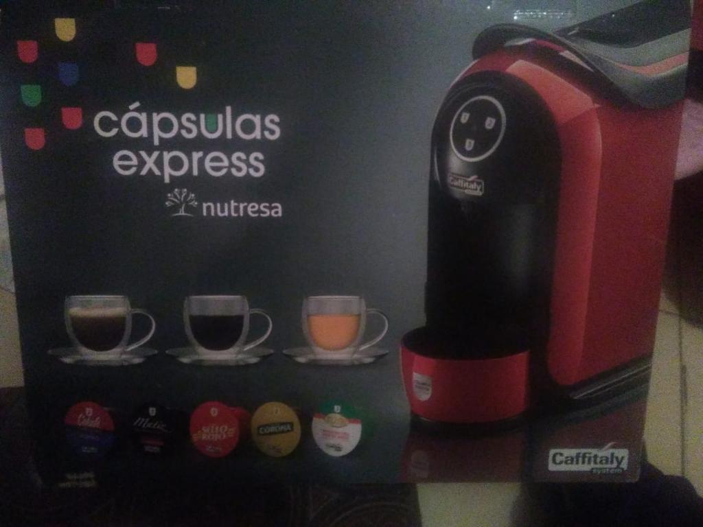 Maquina de Cafe Capsulas Express Nutresa