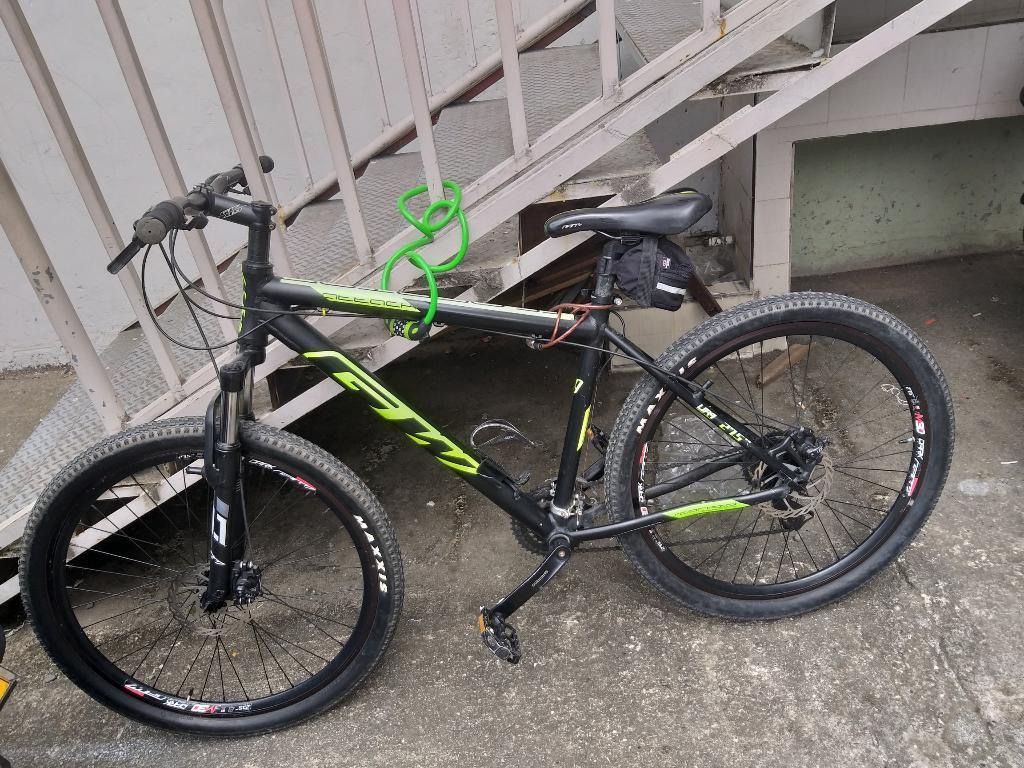 Bicicleta Gw en Aluminio de Montaña