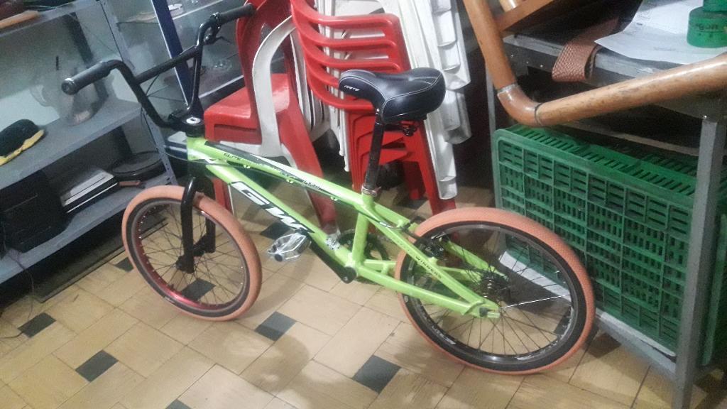 Bicicleta de Bmx Marca Gw