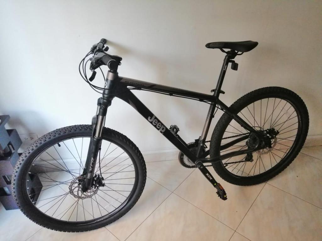 Bicicleta de montaña Jeep Vesubio rin 27.5 aluminio