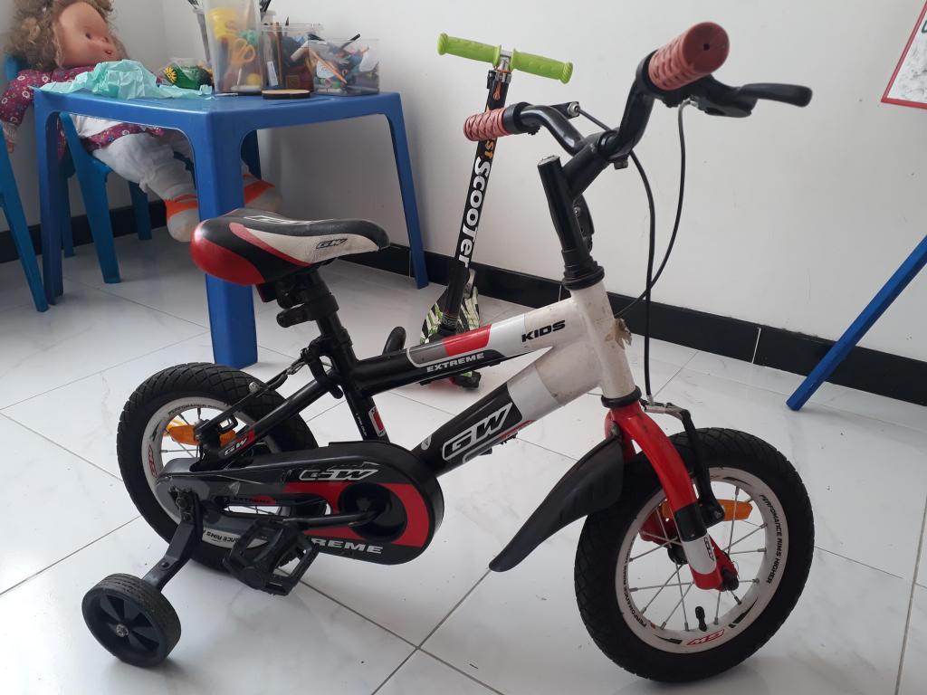 Se vende Bicicleta para niño excelente estado