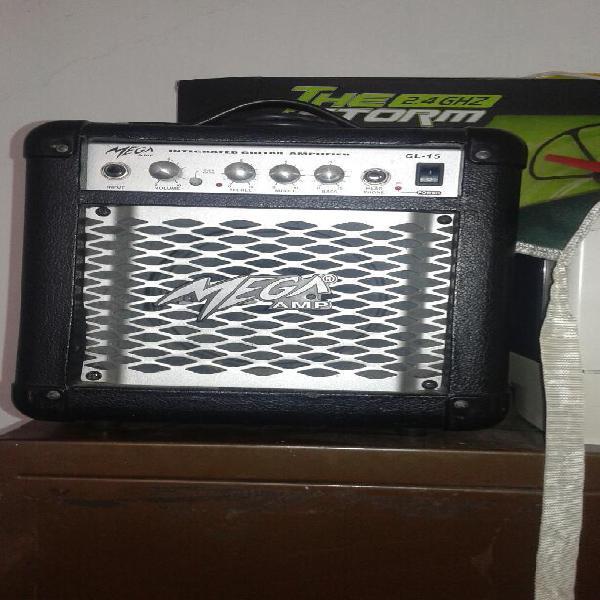Amplificador de Guitarra Mega Amp Gl15