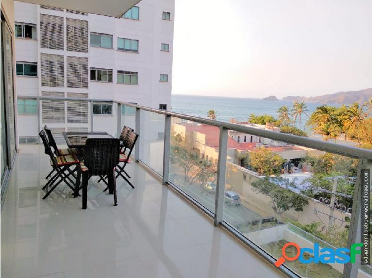 Se Vende Apartamento en Playa Salguero Amoblado
