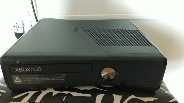 Se Vende Xbox 360 con 1 Control