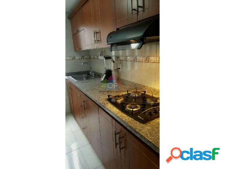 Vendó apartamento en Cañaverales Cali Valle 448-37