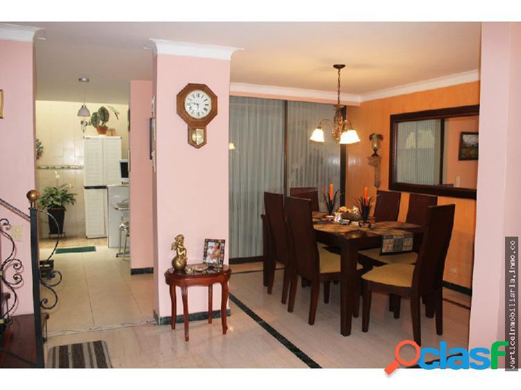 venta de hermosa casa en corales conjunto cerrado