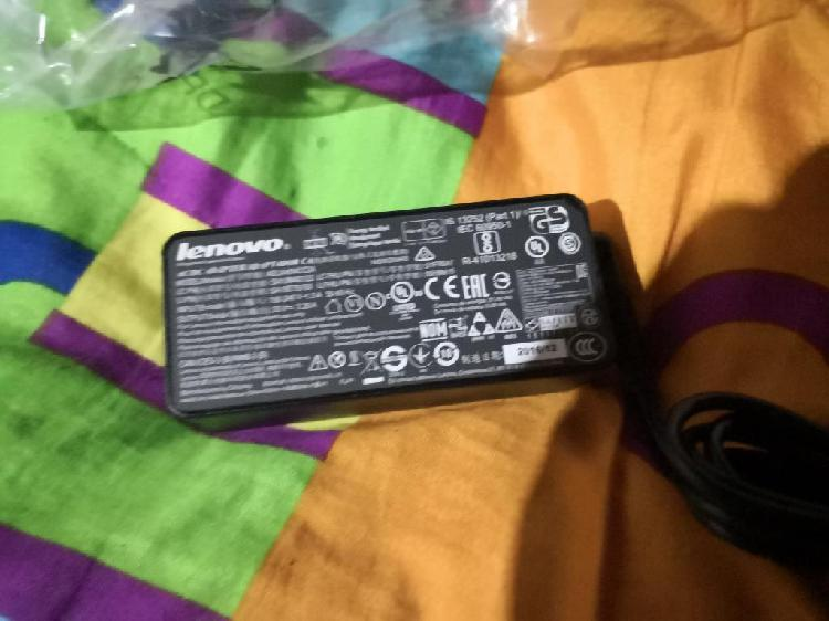 Cargador Original Lenovo Nuevo con Garan