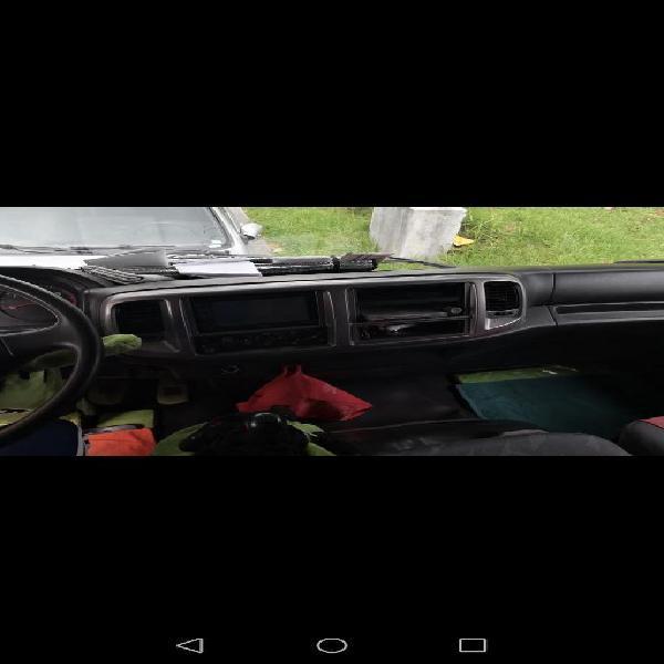 Camión Hino, Capacidad 11 Toneladas