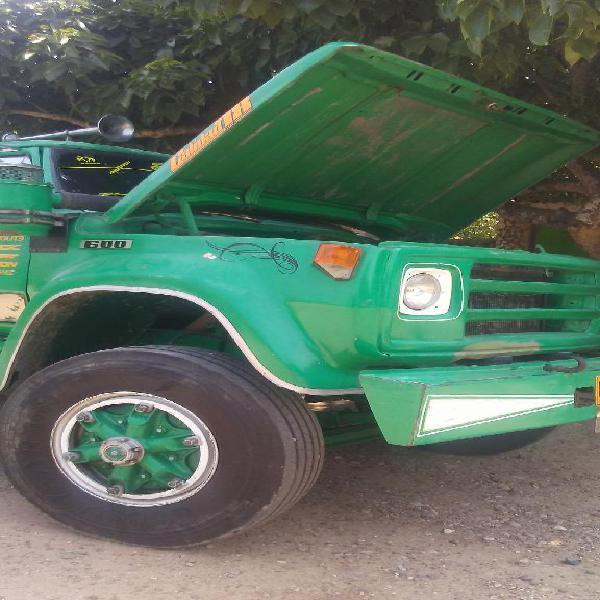 Vendo Camion Dodge 600 Planchon