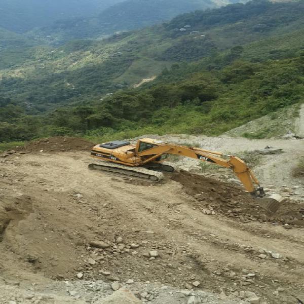 Excavadora Cat 320l