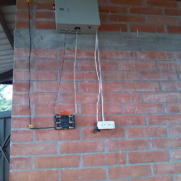 Fabricación y reparación de impulsores para cercas