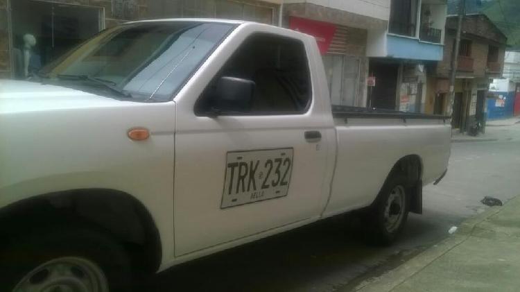 Platon de Nissan Frontier 4x2