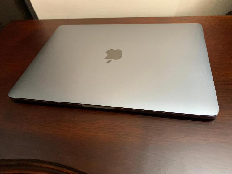 MacBook Pro Retina 13 Sin Touch Bar 128GB 8GB Space Gray 26
