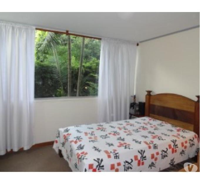 Apartamento en Aguacatala 132 mts2