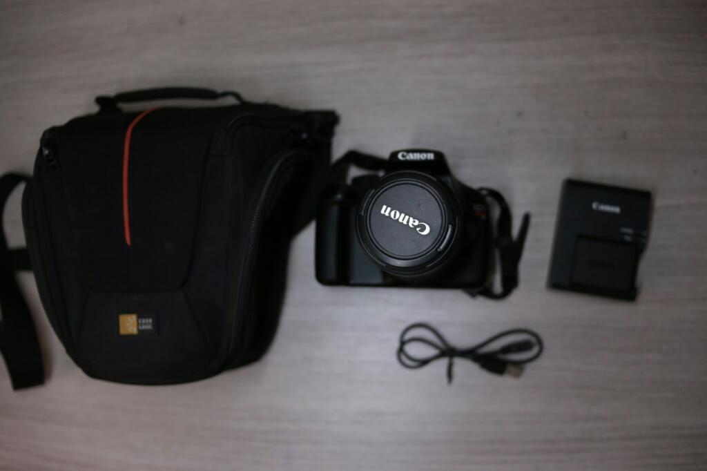 Camara Canon T3 (d)
