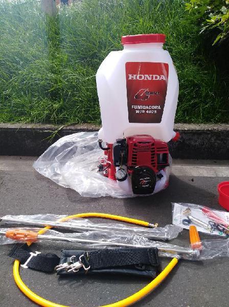 Fumigadora 4 Tiempos Honda de Espalda