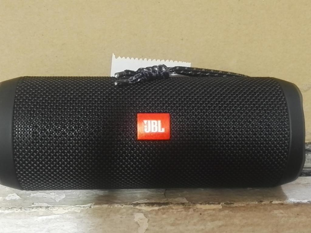 Vendo parlante JBL FLIP 4 ORIGINAL, para que escuches tu