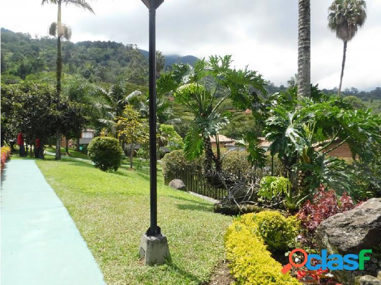 Casa en venta en Envigado Loma del Claraval