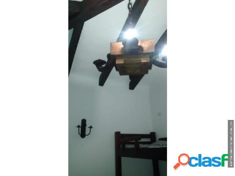 Hermosa casa campestre en condominio en Santagu