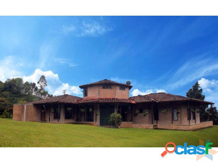 Hermosa casa campestre zona turística Santa Rosa