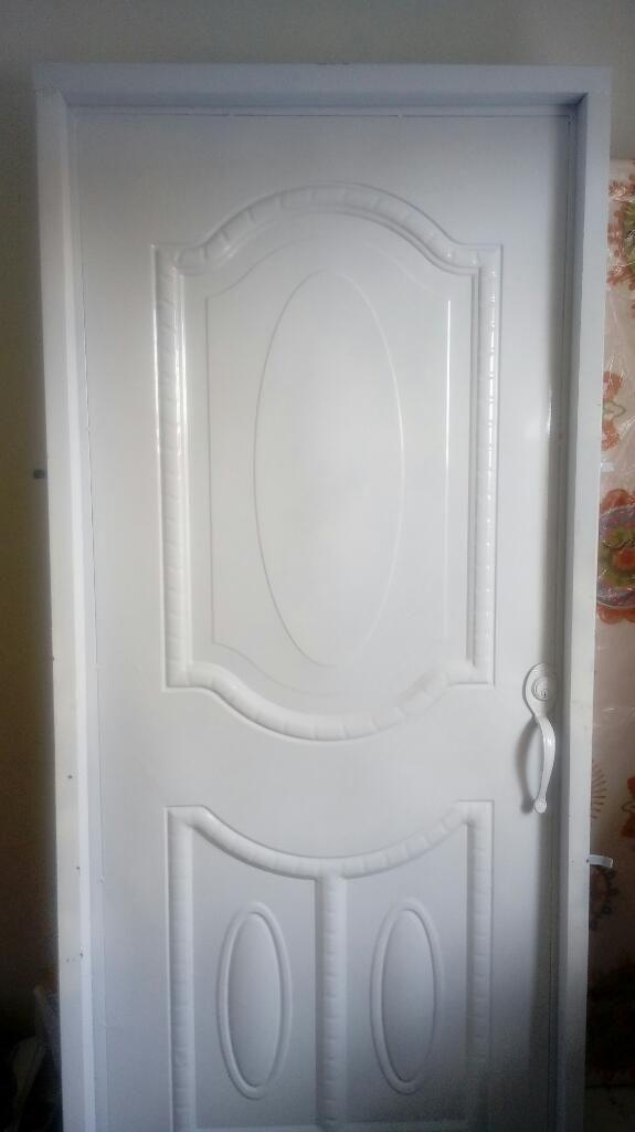 Puerta para El Frente (en Lámina)