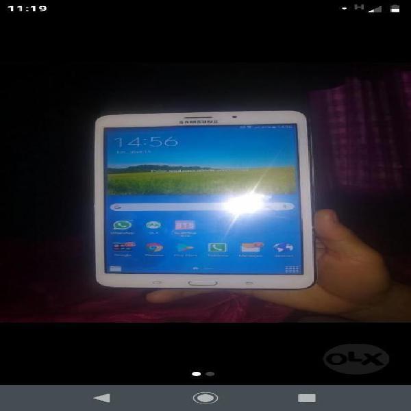 Vendo Tablet Samsung Tab 4 Excelente