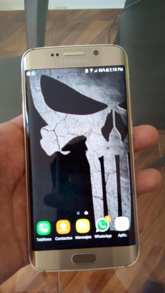 Vendo o Cambio Samsung Galaxy S6 Edge Dorado de 32gb 8/10