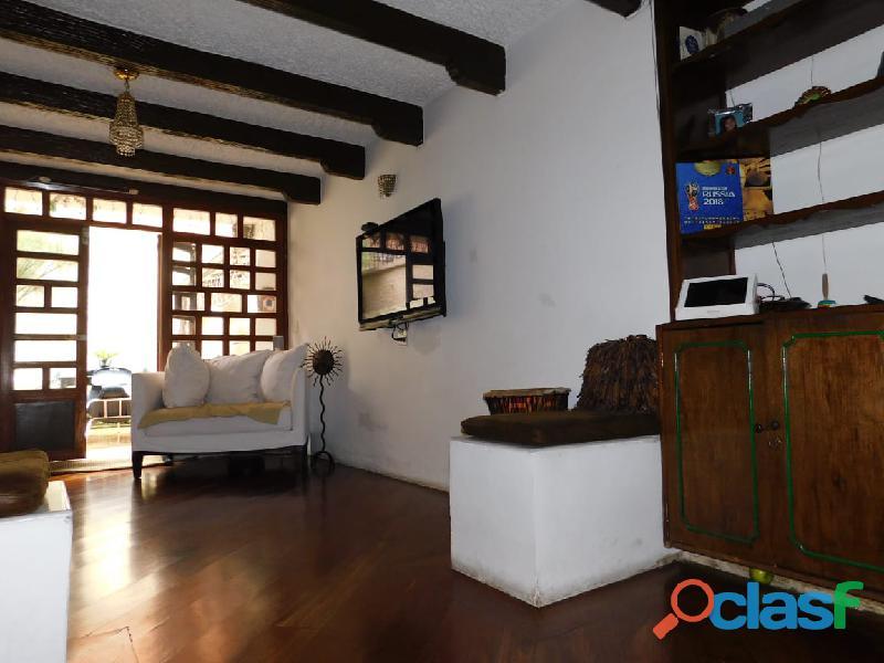 Lindísima Casa en Santa Bárbara Central
