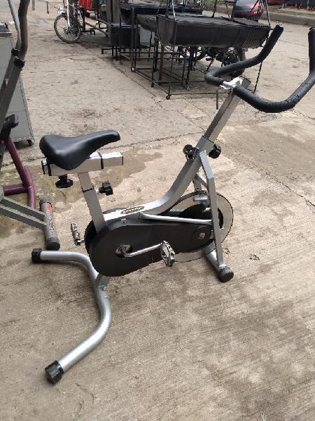 Bicicleta de Spinning Profesional