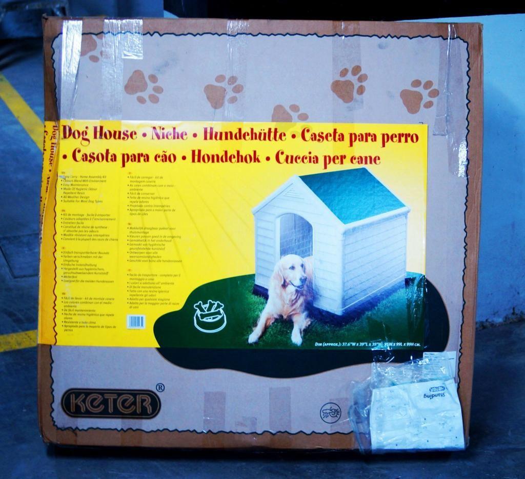 Casa plástica para perro de raza grande