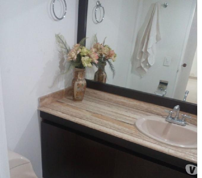 Excelente habitación con baño privado, amoblada enel