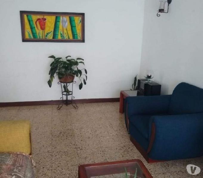 Se vende casa en Rionegro sector San Antonio