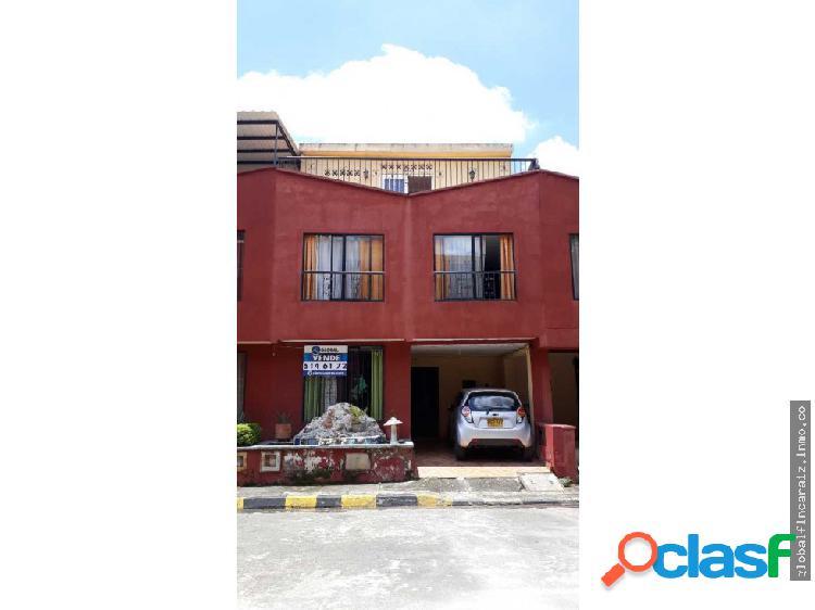 Casa de 3 Niveles en Melendez Brisas Del Cerro