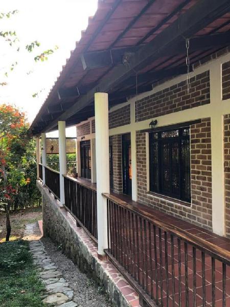 Cod. VBMOB462 Casa Campestre En Venta En Ibague Aparco