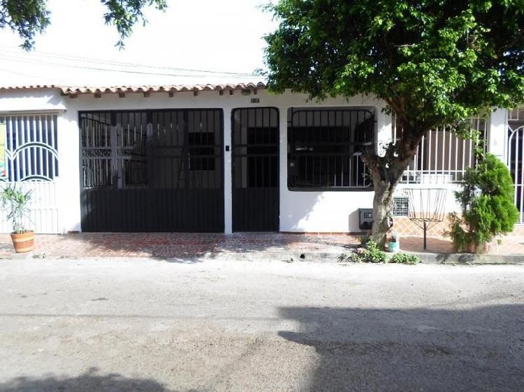 Cod. VBVRA-176 Casa En Venta En Cúcuta Prados Del Este, Av