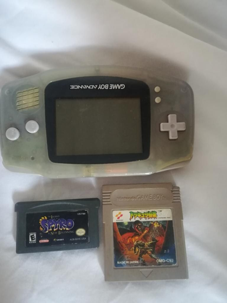 Vendo Gameboy Advance con Juegos