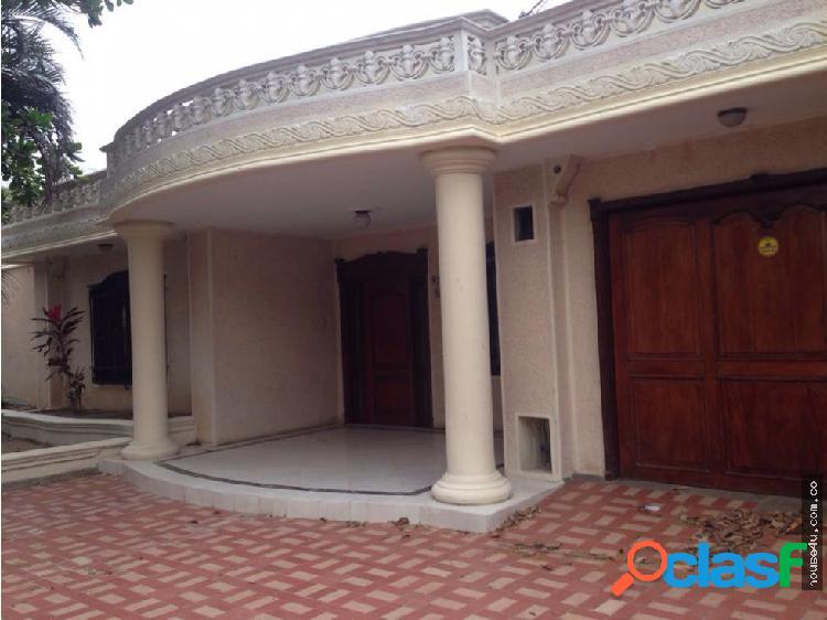 Casa en arriendo en El Poblado Barranquilla