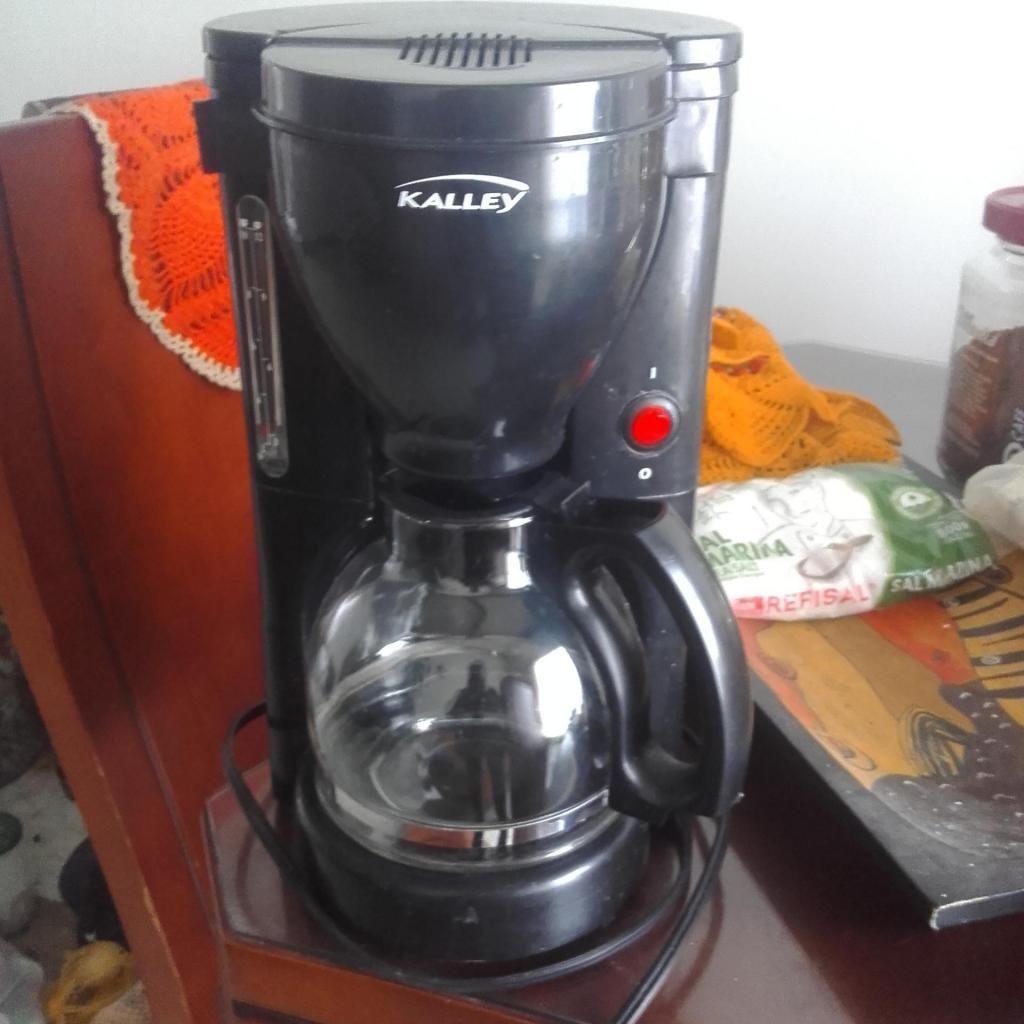 Cafetera marca Kalley en buen estado