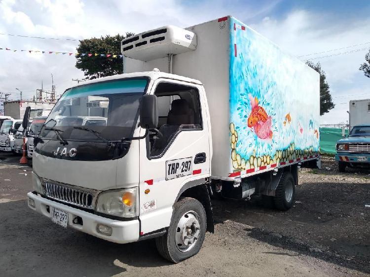 Camion Jac 1048 Furgon Termokin