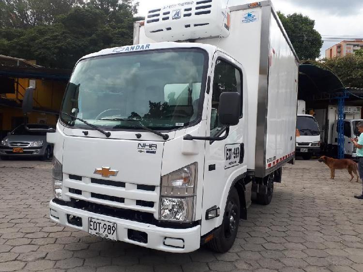 Camion Nhr Modelo 2019