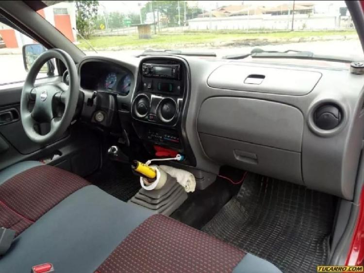 Furgon Nissan Frontier