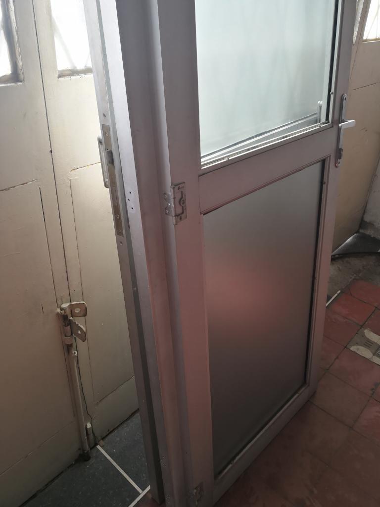 Puertas en Aluminio Rejas