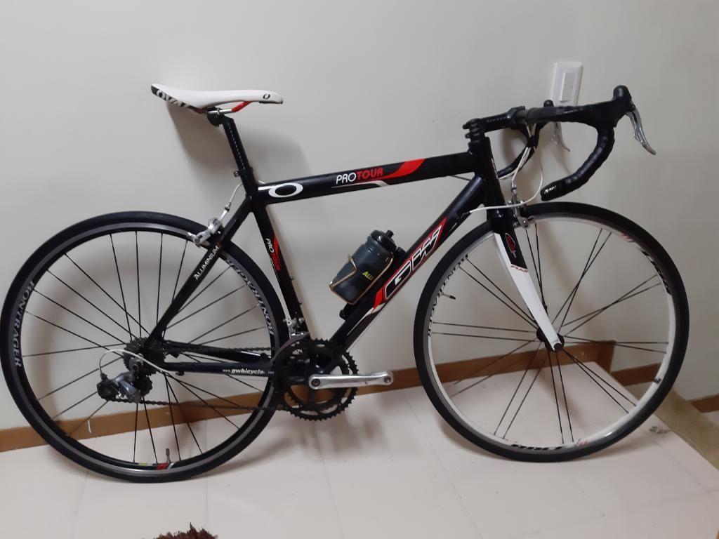 Bicicleta de Ruta Gw 9v - Talla M 51cms
