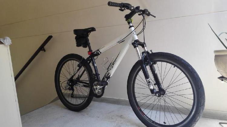 Se venden bicicletas Todo terreno y Cross