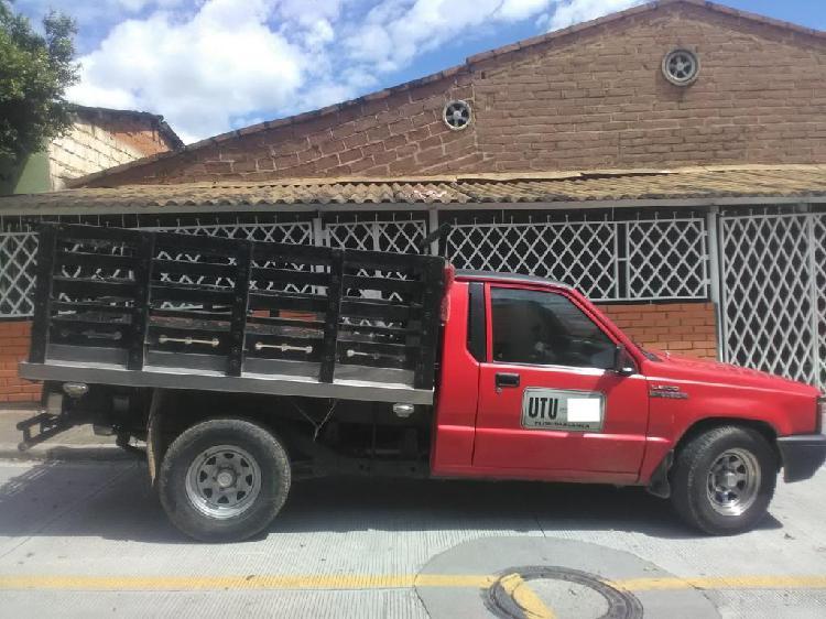 Servicio de transporte de mercancías, mudanzas y acarreos